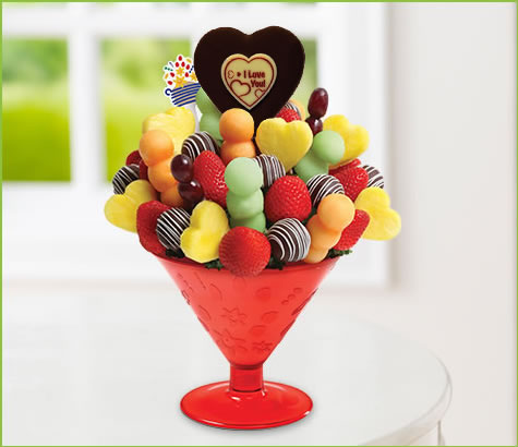Fun Lovin-tini with Pop | Edible Arrangements®