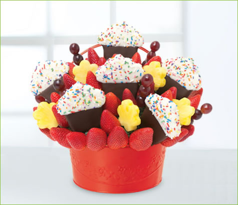 Grand Berry Confetti Cupcake | Edible Arrangements®