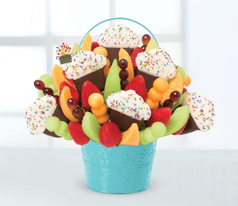 Grand Confetti Fruit Cupcake | Edible Arrangements®