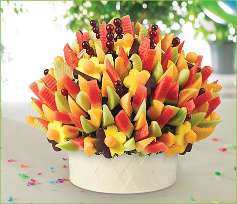 Melon Delight Summer Party with Dipped Daisies | Edible Arrangements®