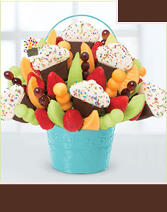 Grand Confetti Fruit Cupcake